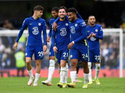 Soccer-Chelsea and City on fire, Everton implode