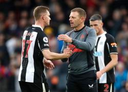 Soccer-Interim boss Jones wants Newcastle to build on Palace draw