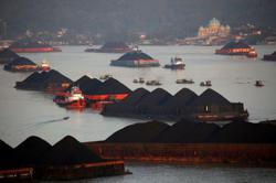 China power crisis boosts coal imports from Indonesia to record