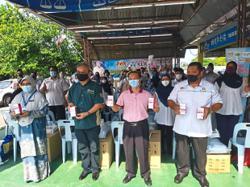 RM192mil rainy season aid given to rubber smallholders