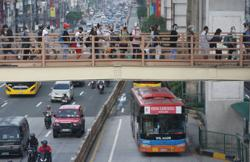 Metro Manila's new Covid-19 cases weekly average dips further