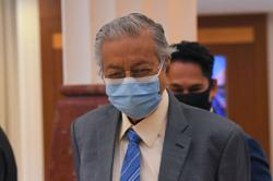 Pejuang staying out of Melaka polls, says Dr M