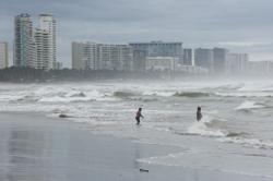 Hurricane Rick loses steam as it moves further inland Mexico