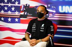 Motor racing-Feels like America has accepted Formula One, says Hamilton