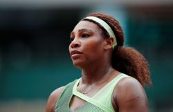 Tennis-Signed Serena rookie card sold for record price at auction