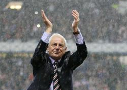 Soccer-Former Scotland, Rangers and Everton manager Smith dies at 73