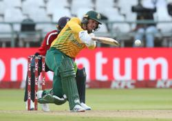 Cricket-De Kock skips T20 World Cup game after S Africa asked to take knee