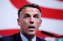 Soccer-Neville says social media criticism of managers