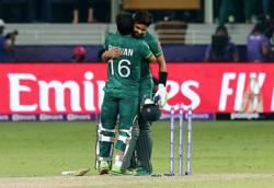 Cricket-Pakistan down New Zealand for second win in T20 World Cup