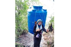 Mount Kinabalu porters thankful for the chance to generate an income