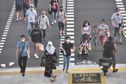3,277 new Covid-19 cases in Singapore; 10 seniors die