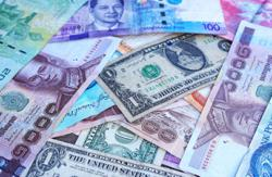 Asian currencies fall on U.S. rate expectations, China jitters