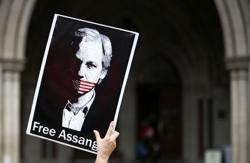 Assange case back in court for U.S. extradition appeal