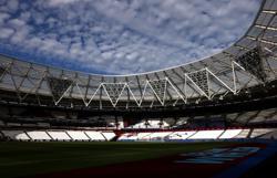 Soccer-West Ham get green light for London Stadium expansion