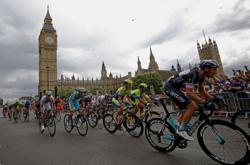 Cycling-Britain to bid for 2026 Tour de France Grand Depart