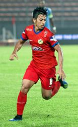 KL midfielder Zhafri shows he can wing it when the coach wants him to