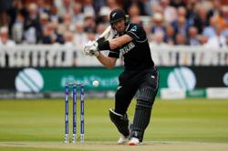 Cricket-New Zealand expect opener Guptill to be fit for India clash