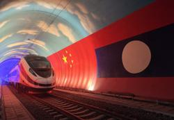 Love stories blooming along with construction of China-Laos Railway